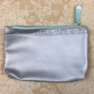 ipsy Bags - Ipsy Silver Cosmetic Bag